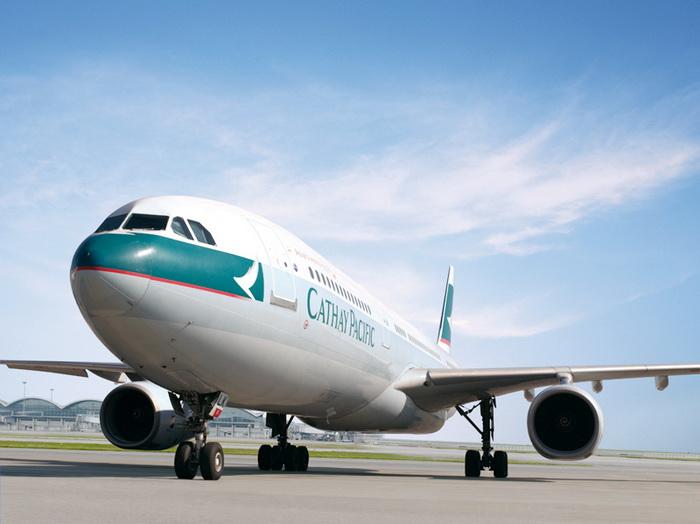 Cathay Pacific предлагает бизнес класс по цене эконома