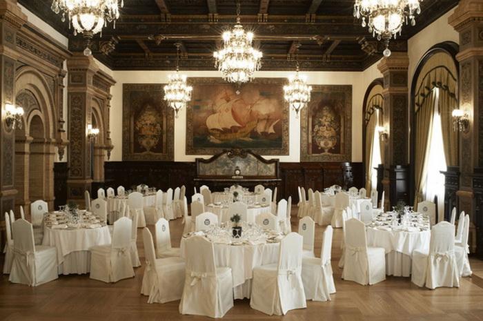 Легендарный отель Alfonso XIII в Севилье